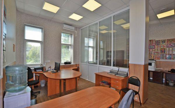 Продажа офисного помещения в центре Волоколамска